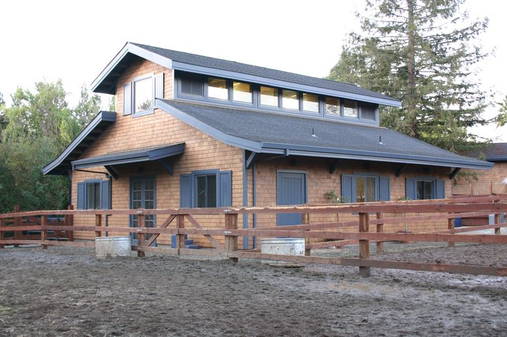 Shaw Barn - design by Equine Facility Design