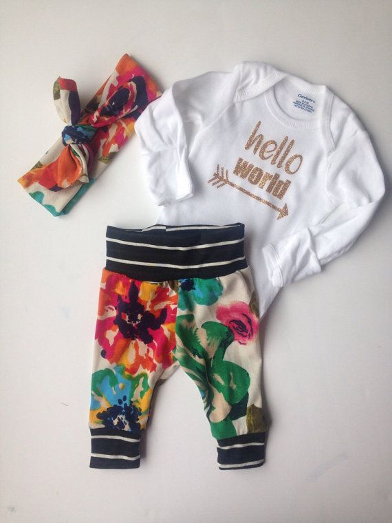 This going home set is perfect for bringing home baby girl ! Leggings and knotted hat are made with super soft jersey knit and the onsie is gerber brand and is heat pressed with gold glitter lettering. Knotted headband is included. Size is newborn