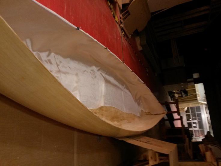 glasfiberdug inden i kanoen