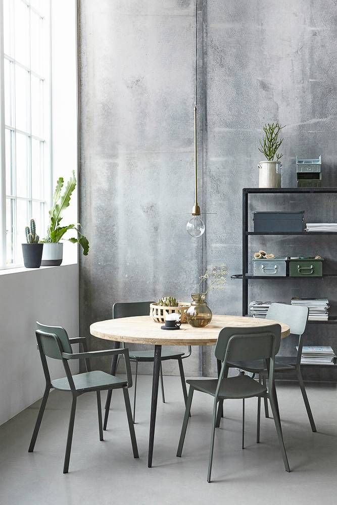25 beste idee n over metalen stoelen op pinterest. Black Bedroom Furniture Sets. Home Design Ideas
