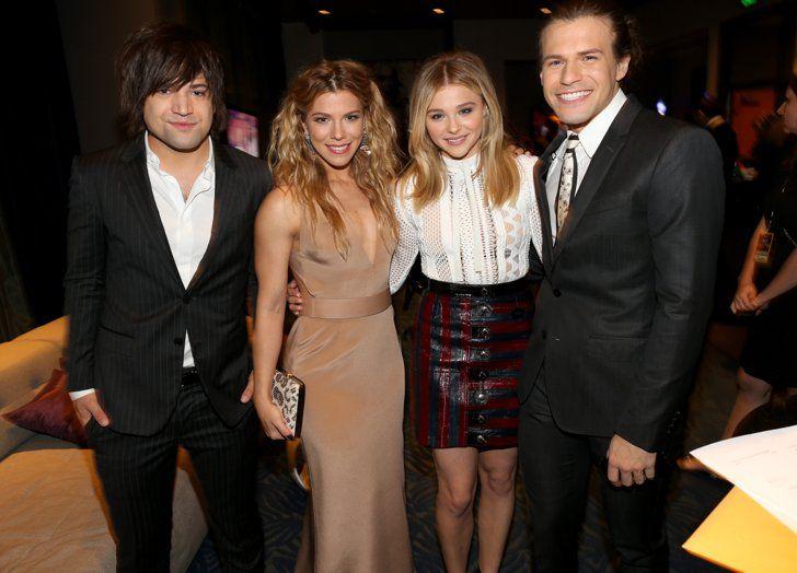 Pin for Later: Tous Les Moments des People's Choice Awards Que Vous Ne Verrez Pas à la Télé Chloë Grace Moretz et The Band Perry