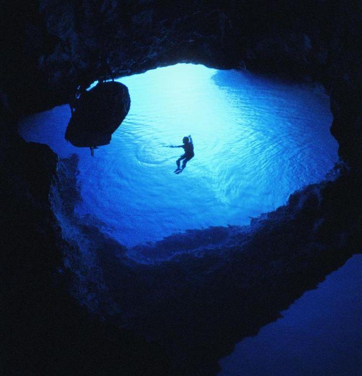 Blaue Grotte von Bisevo | Kroatien Reiseführer √ - Kroati.de