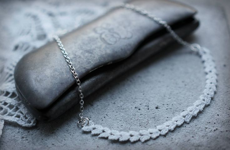 Lace necklace, silver chain