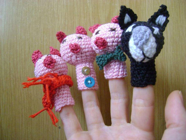 ¡Oh, yeah! Aquí está, ya llegó, mi primer encargo. Un regalo de una amiga a otra, pensando en sus niños pequeños. Son cuatro títeres de dedo...