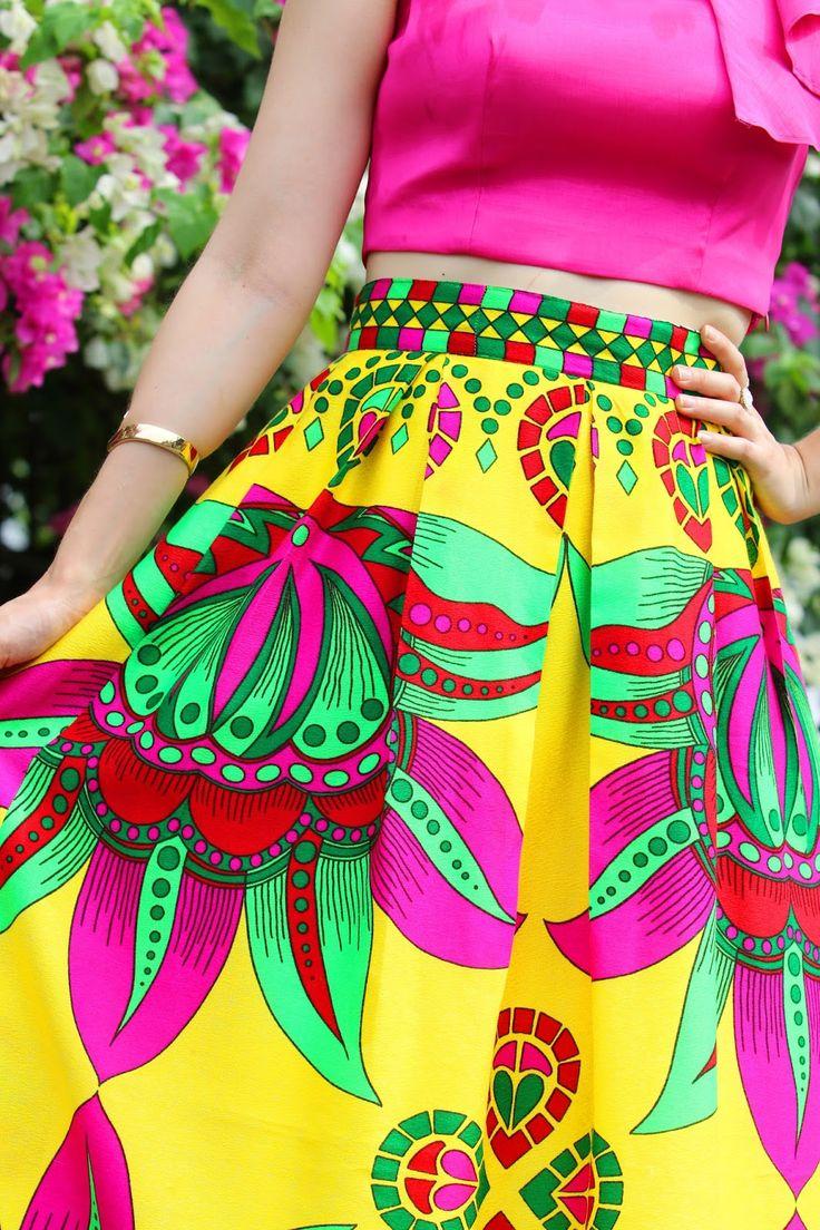 Beautiful set of Paruma skirt and crop top by Tilú, Panama