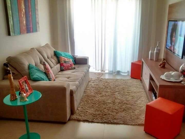 25 melhores ideias sobre sala de estar pequena no for Salas pequenas para casas pequenas