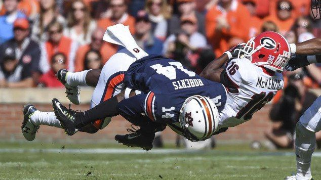 Auburn DB Stephen Roberts arrested on two charges = Auburn defensive back Stephen Roberts was arrested Wednesday on two charges – attempting to elude an officer and for possessing a firearm without a license. He was booked and then released with each.....