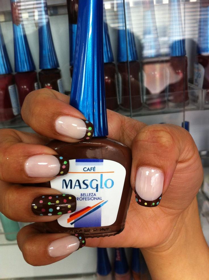 Café con Masglo. Masglo Nails