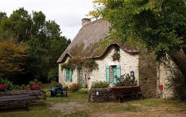 Traditional thatched house, Bréca, Grande Brière. Loire-Atlantique. Brittany