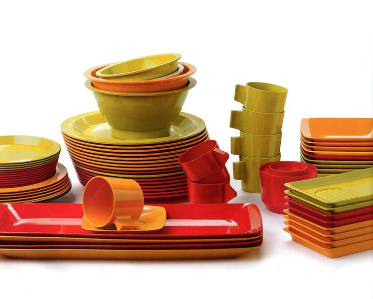 Fiskars Fiskamin - melamine dishes from the 70's.