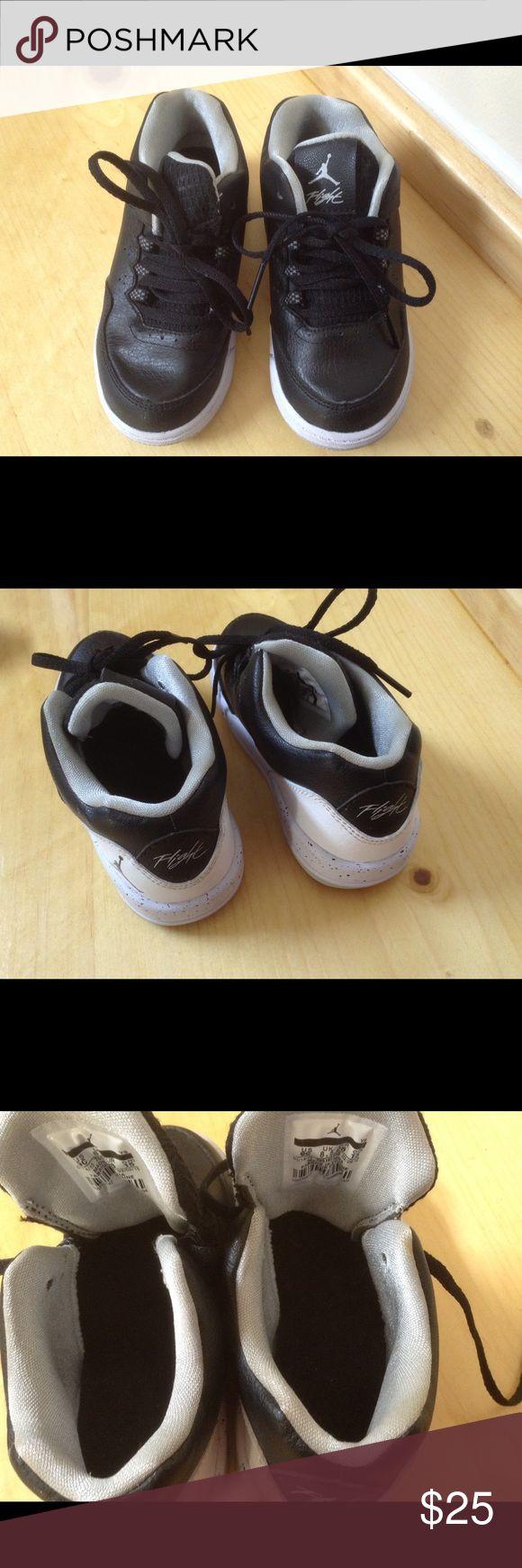 Boy's toddler Jordan Flight origin 2 Leather. Worn a few times. Great condition Jordan Shoes Sneakers