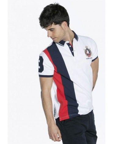 Valecuatro polo de manga corta color blanco combinado con rayas verticales  azul marino y rojo. Polo de algodón pique con escu…  ad3c51816d7