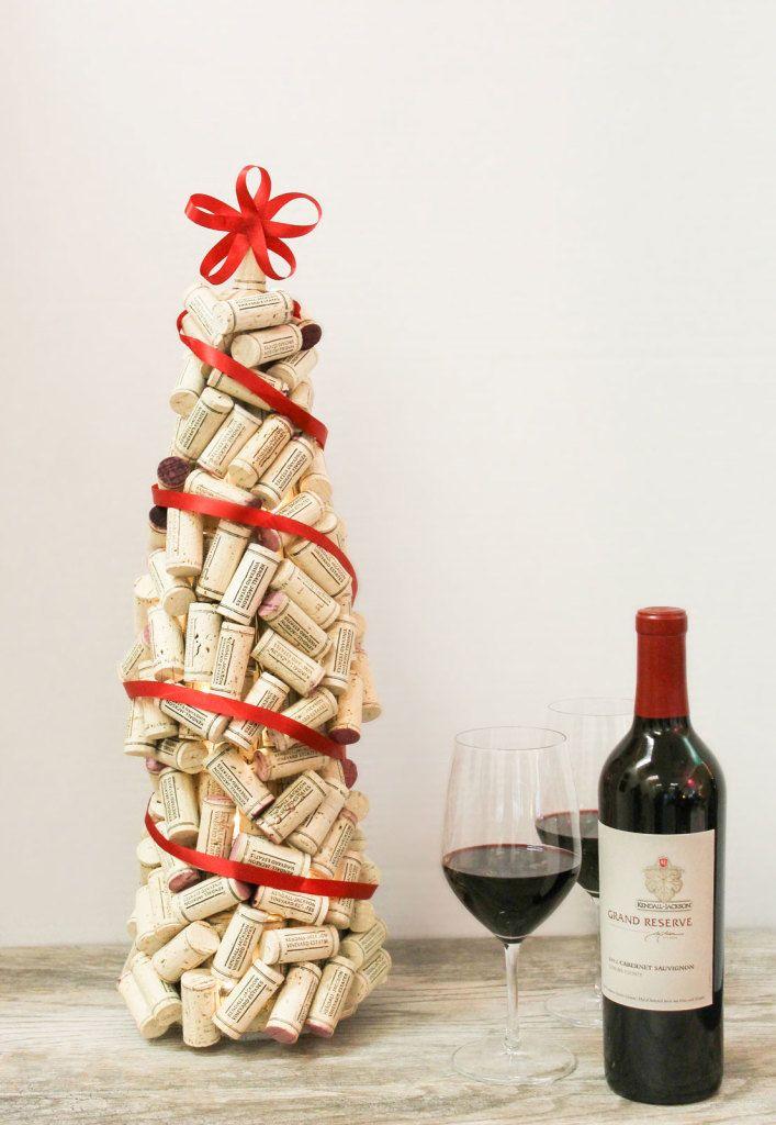 DIY: wine cork christmas tree