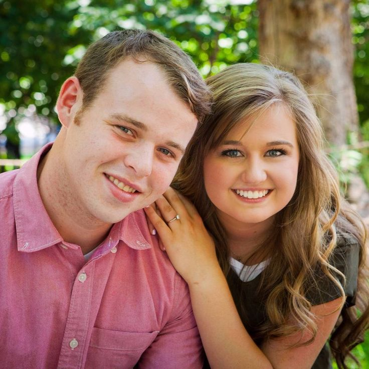 "718 Likes, 11 Comments - The Duggar Family (@theduggars_fan) on Instagram: ""Beautiful couple and can't wait wedding #josephandkendra"""