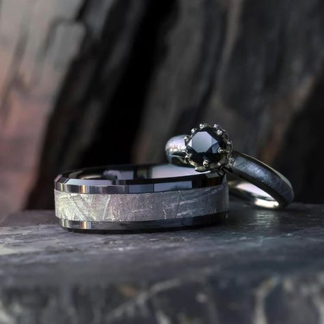 Black Diamond Meteorite Wedding Ring Set, Lotus Engagement Ring With Black Ceramic Wedding Band-2504