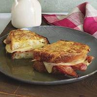 Apple, Cheddar and Bacon Monte Cristos, 30-Minute Meals | rachaelraymag.com