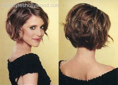 12-feminine-short-hairstyles-for-wavy-hair-easy-everyday-hair-
