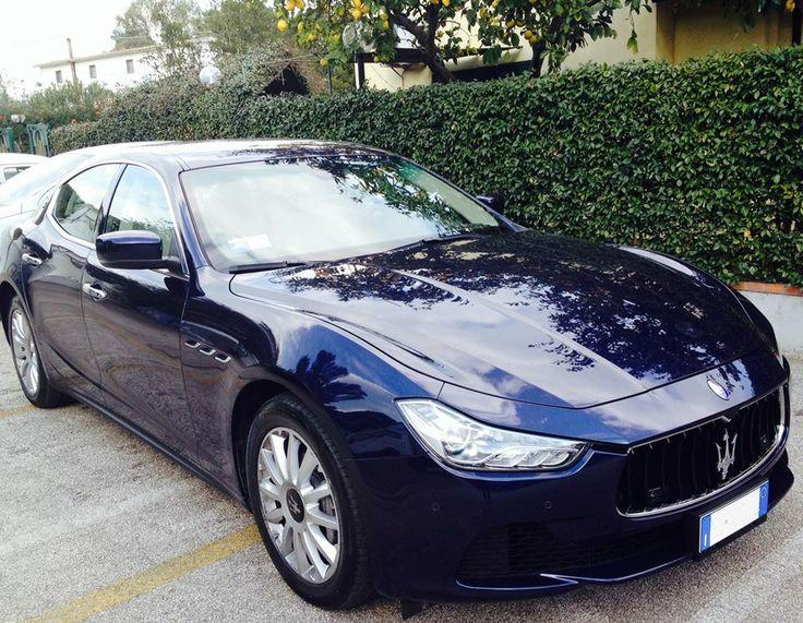 Venite a scoprire la nuova Maserati Ghibli.  #maserati #luxury #weddingcar