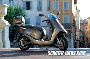 Alors que le scooter électrique peine à décoller, certaines entreprises ne baissent pas les bras pour autant, à l'image de la société française City Motion installée à Grasse (06) qui dévoilait au salon de Paris son nouveau modèle Artelec 670, homologué comme équivalent 125 cm3 et assemblé en France.