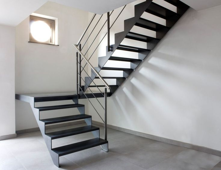 Stalen trap constructie google zoeken how to make traps pinterest staircases loft - Mezzanine trap ...