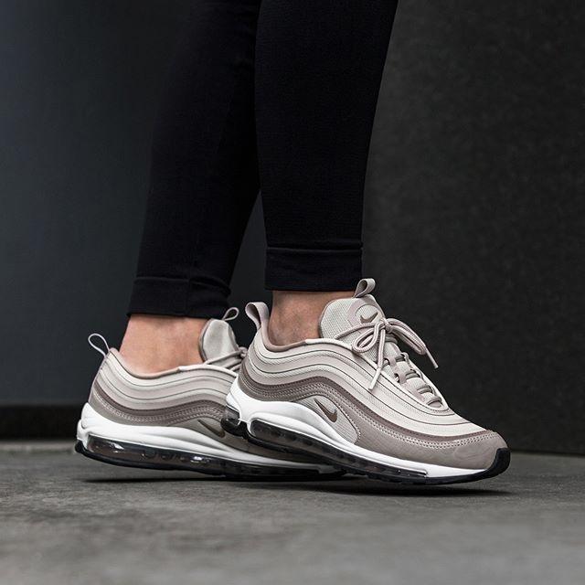 Nike Wmns Air Max 97 Lea | EU 35.5 – 42 | 179€ | check link