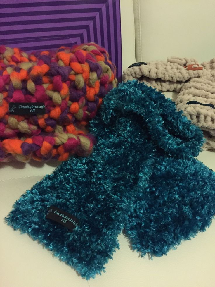 #chunkyknitstyle Teal scarf