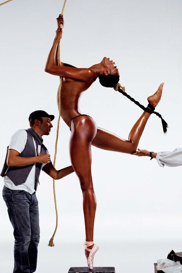"""Naomi Campbell photographed by Jean Michael Goude, was """"The Body"""" already taken? geez :o"""