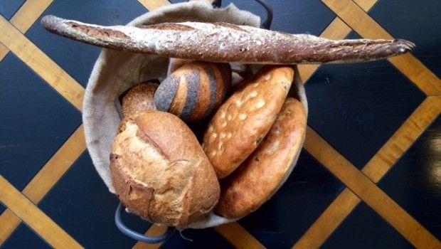 """El prestigioso blog Gastronomistas nos dedica su artículo de hoy: """"¿Con qué maridar estos cinco panes especiales?"""". Os invitamos a que descubráis el post y que os acerquéis a degustar alguna de estas variedades. #PANáticos #MomentoFornet"""