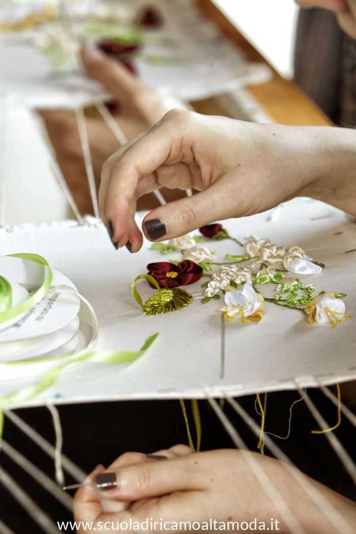 171 best corso di ricamo alta moda a roma e milano haute for Scuola di moda milano costi