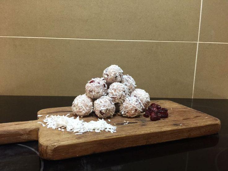Healthy Snack Ideas – Cranberry & Coconut Balls