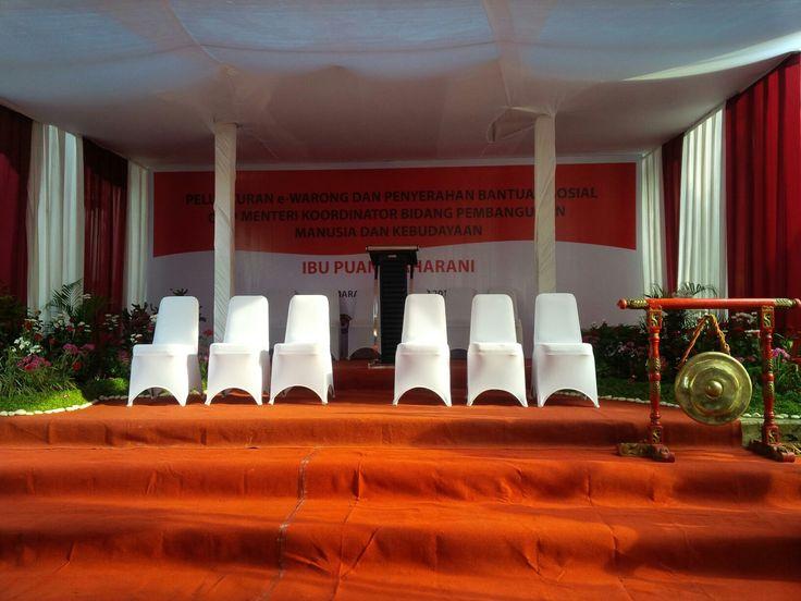 Launching e warong bank BNI oleh Puan Maharani