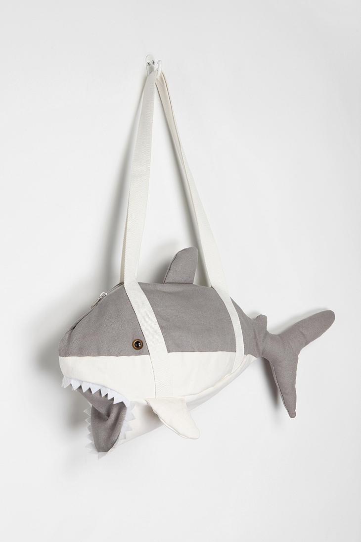 DIY shark duffle bag for kids