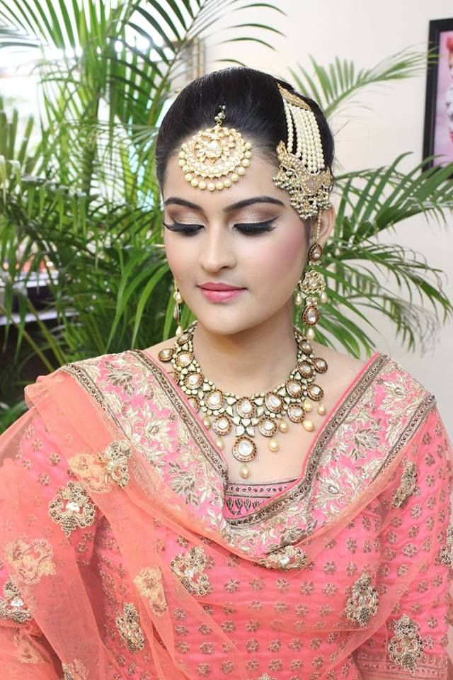 Top Bridal Makeup Artists In Punjab For Your Glamorous Bridal Look Top Bridal Makeup Best Bridal Makeup Bridal Makeup Artist