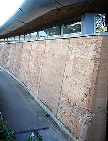 Rammed earth - Wikipedia, the free encyclopedia