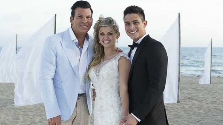 PHOTO: Celebrity event planner David Tutera with the couple, Oksana Dmytrenko and Jonathan Platero.