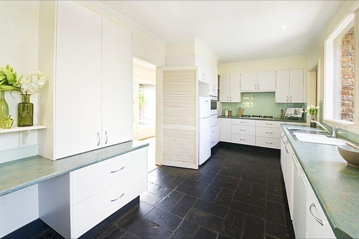 Hobson kitchen