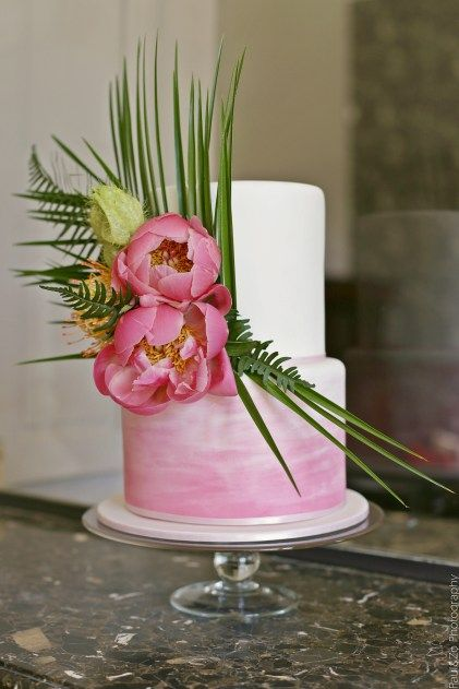 Wedding cake tropical | Destination wedding cake inspiration