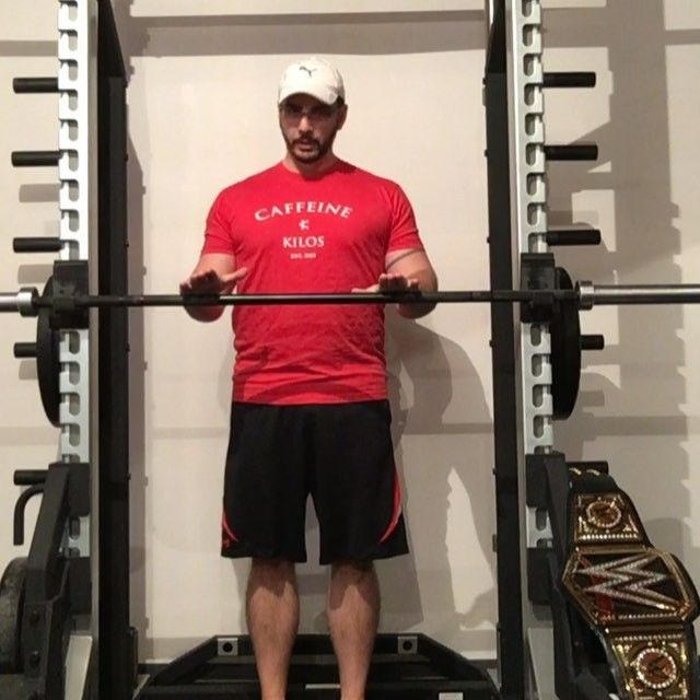 The Best Drills for Healthy Shoulders and a Big Bench • Strengtheory