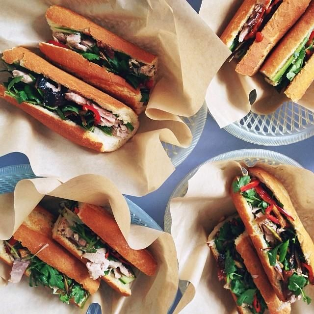 Bonavista's favorite sandwich places in Barcelona: 1.Bo de B 2.Bar Fidel 3.Carrot Café 4.Panino Silvestre 5.Sandwich & Friends #sandwich #best #barcelona #top5 #bonavista #favorite #food