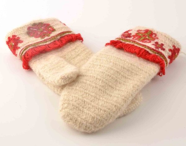 Sorundavantar - Nalbound mittens from Sorunda, Sweden