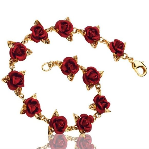 Danbury Mint A Dozen Roses Bracelet Danbury Mint A Dozen Roses Bracelet!  New in box!  So pretty :) retail $69 Danbury Mint Jewelry Bracelets