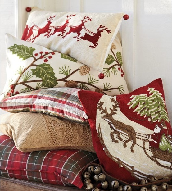 Incorporating Red Green In Every Room For The Holidays: In LOVE W/ These Pillows! Must Have For Family Room!
