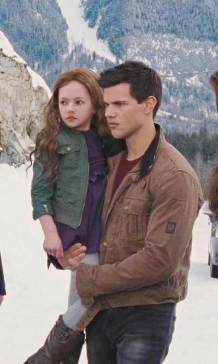 Breaking Dawn part 2 ~ Renesmee and Jacob I want see more of this series