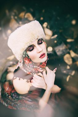Fashion make-up Russian style photoshoot  photo by Nikol Obrová