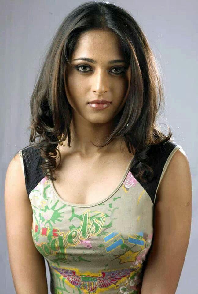 Awesome Pic of Anushka Shetty.. For More: www.foundpix.com #AnushkaShetty #TeluguActress #Hot #TamilActress #Anushka