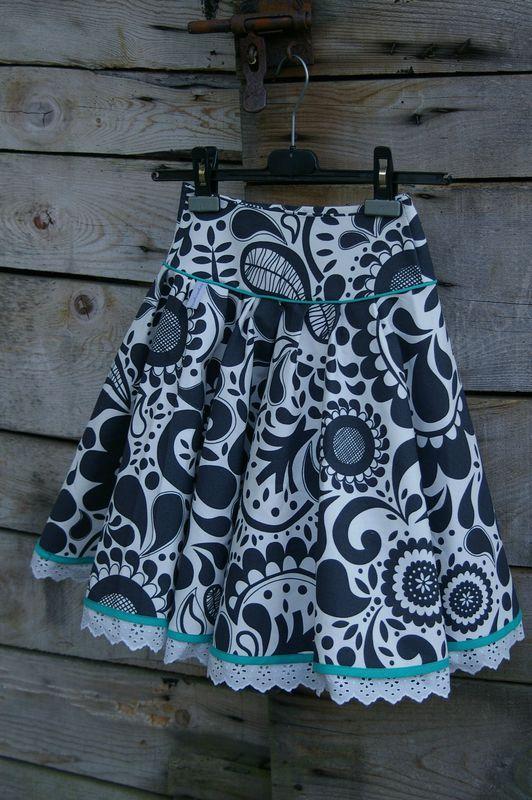 Un nouvelle jupe qui tourne