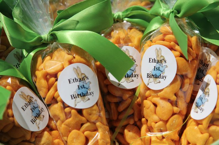 """""""carrots"""" with goldfish crackers and cellophane bags.Cute for Easter."""