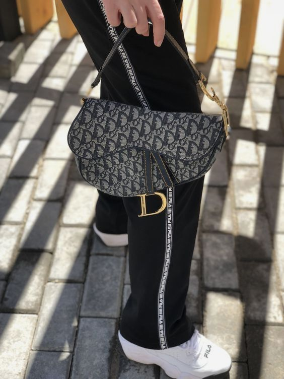 How to style with trendy Dior saddle bag  (24 Street styles) glamhere.com  Sporty style with dior saddle bag 39a295844e02c