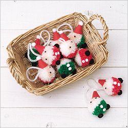 Merry Christmas!! かんたん かわいい ボンボンマスコット特集|手編みと手芸の情報サイト あむゆーず