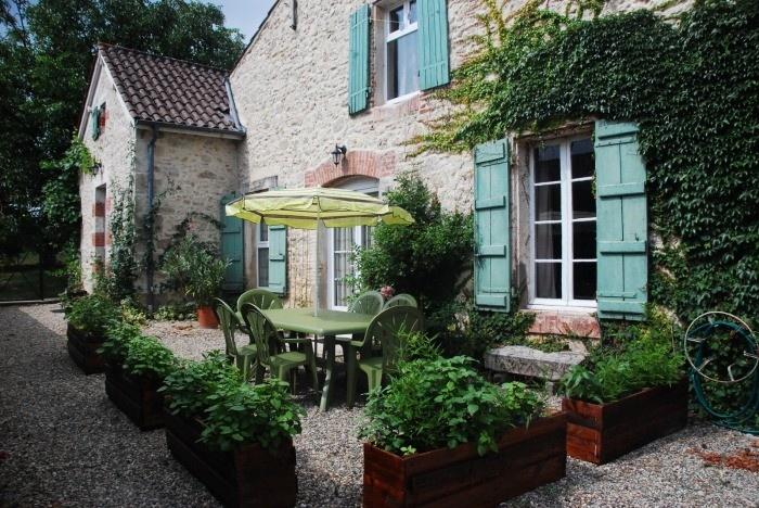 Lot et Garonne Gite Rentals in France | Le Rosier - A Large 2 Bedroom Character Gite #france #gite #holiday